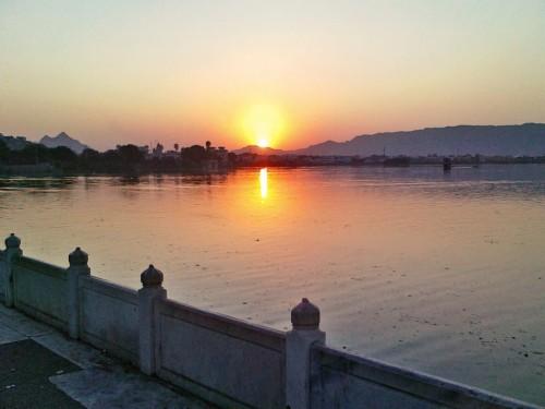 Download wallpaper Fateh Sagar Lake, Udaipur, India free desktop wallpaper  in the resolution 4000x2600 — picture №620020