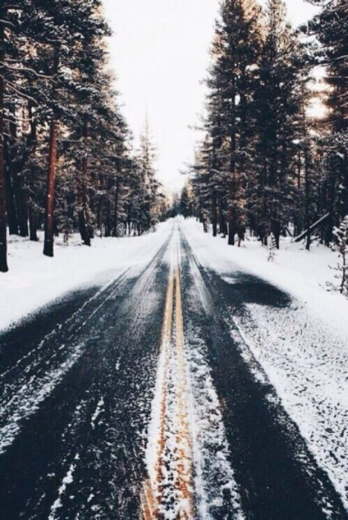 21 aesthetic winter wallpapers for iphone