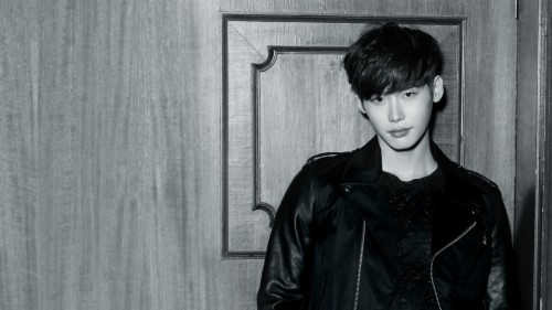 Lee Jong Suk Wallpaper Possibly With A Well Dressed Lee