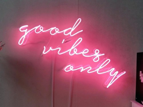 30 308232 good vibes only real glass neon sign for
